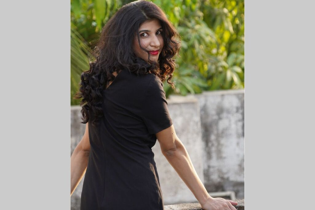 """Janhavi Bhat, Author of """"Safarnama"""", is here to transform the literary horizon with her unconventional writing style"""